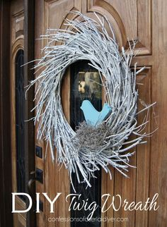 Winter Twig Wreath (Made with Twigs from the back yard! Front Door Decor, Wreaths For Front Door, Door Wreaths, Twig Wreath, Wreath Crafts, Wreath Ideas, Willow Wreath, Christmas Wreaths, Christmas Crafts