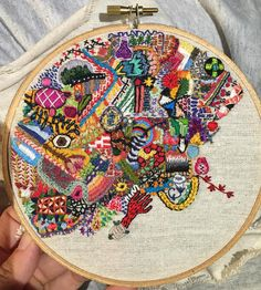 Michelle Anais Beaulieu-Morgan has embarked on the 1 Year of Stitches project. Halfway done, she's already filled up one embroidery hoop! Embroidery Hoop Art, Cross Stitch Embroidery, Embroidery Patterns, Creative Embroidery, Fabric Art, Fabric Crafts, Sewing Crafts, Sewing Circles, Contemporary Embroidery