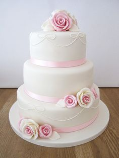 wedding cakes on 3 tier stand - Google Search