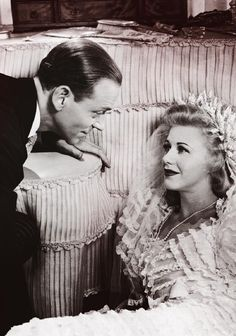Fred Astaire and Ginger Rogers ❤ Hooray For Hollywood, Golden Age Of Hollywood, Hollywood Glamour, Hollywood Stars, Classic Hollywood, Old Hollywood, Hollywood Pictures, Ginger Rogers, Barbara Stanwyck