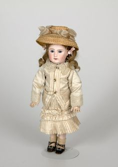 77.6500: doll | Dolls from the Early Twentieth Century | Dolls | National Museum of Play Online Collections | The Strong