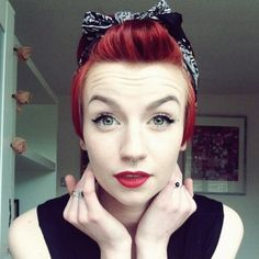 Trendy Hairstyles Bandana Short Hair Pin Up Ideas Bandana Hairstyles Short, Retro Hairstyles, Scarf Hairstyles, Pixie Hairstyles, Pixie Haircuts, Red Pixie Haircut, Pin Up Hair, Hair Pins, Pelo Pin Up