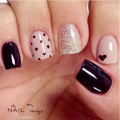 We have compiled a massive set of some of the prettiest nails we could find from across the web. This mega nail collection offers 131 of the Best Nail Art Designs. Have fun browsing through this mega nail collection as you become inspired with this greatness. Enjoy!