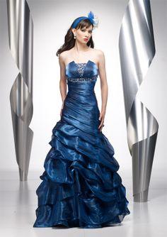 82d0cc45b Lindo Vestido para Fiesta de Promoción de color azul Gown