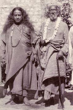 1935: Paramahansa Yogananda meets with his guru Sri Yukteswar in Calcutta, India
