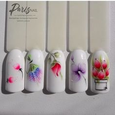 Heat Up Your Life with Some Stunning Summer Nail Art Daisy Nail Art, Daisy Nails, Flower Nail Art, Flower Nail Designs, Colorful Nail Designs, Cool Nail Designs, Bright Colored Nails, Bright Nail Art, Spring Nails