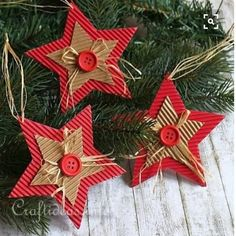 Over 20 handmade cardboard Christmas trinkets! - Over 20 handmade cardboard Christmas trinkets! Handmade Christmas Decorations, Christmas Ornaments To Make, Christmas Crafts For Kids, Xmas Crafts, Homemade Christmas, Christmas Projects, Christmas Fun, Christmas Cards, Beautiful Christmas