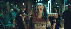 Margot Robbie is the perfect Harley Quinn in the new.: Margot Robbie is the perfect Harley Quinn in the new… Margot Robbie Harley, Mel Gibson, Gifs, Dc Universe, Mtv, Marvel Dc, Harley Quinn Et Le Joker, Jared Leto Gif, Dc Comics