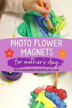 Looking for a super simple toddler Mother's Day gift? Paint a flower canvas piece, add the child's photo and a magnet, and you have a sweet keepsake for mom! #toddler #mothersday #gift #art #mom #paint #keepsake #magnet #AGE2 #teaching2and3yearolds Bubble Painting, Mothersday Gift, Minding My Own Business, Spring Books, Kraft Bag, Spring Theme, Flower Canvas, Small Canvas, Spring Activities