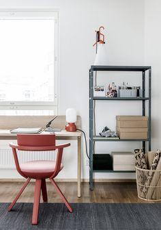 + un espace bureau coloré +