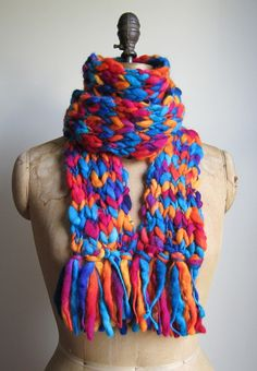 Peg Loom Weave: Guest Post from Lyndsay of Alpaca Bytes Loom Knitting Scarf, Spool Knitting, Loom Knitting Projects, Weaving Projects, Crochet Projects, Scarf Knit, Loom Patterns, Knitting Patterns, Loom Board