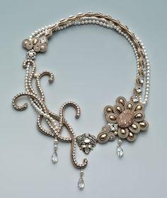 http://bnb.jewelrymakingmagazines.com/~/media/images/Bead%20Dreams/2014/Daisy