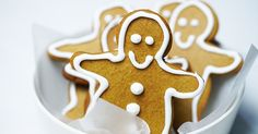 These gingerbread men are both fun and easy to make, and, what's more, the kids will love them!