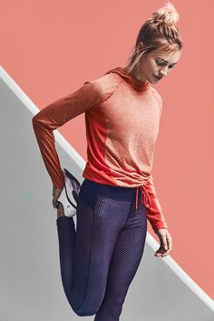 Freedom to move. A workout outfit that offers the style and movement you're looking for.