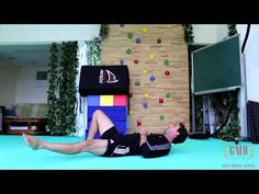 ▶ Quick Hip Circles to Loosen Those Hips - YouTube
