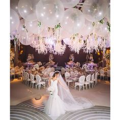 Balloons Wrapped In Tulle Best Of Best 12 Balloon Wedding Centerpieces We ❤ This Wedding Balloon Decorations, Wedding Balloons, Wedding Table Centerpieces, Wedding Flower Arrangements, Wedding Flowers, Balloon Ceiling Decorations, Wedding Stage, Dream Wedding, Wedding Day