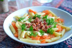 Pasta med ost, bacon og gulrøtter – Favorittmat for hele familien!