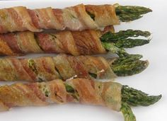 best summer appetizer for a BBQ! Bacon wrapped asparagus on the grill. delish. Have to use DCD Sweet And Smokey BBQ Sauce with this. www.mydcdsite.com/chocolatelovers
