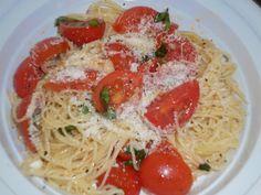 Mangio sano........mangio Vegano! (e mi diverto): Spaghettini estivi ai profumi dell'orto...