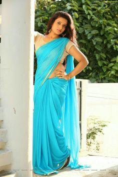 Don't Miss to Check Out Beautiful Telugu Heroine Janani in Sea Blue Saree - Janani High Definition Photos - Janani Wallpapers Indian Beauty Saree, Indian Sarees, Girl Fashion Style, Saree Photoshoot, Dressing Sense, Blue Saree, Fancy Sarees, Beauty Women, Women's Beauty