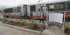 San Francisco's open-air urinal (Photo: Twitter) Just as America's attention turns to California's Bay Area for Super Bowl 50, the City by the Bay is offering open-air public urination stations – w...