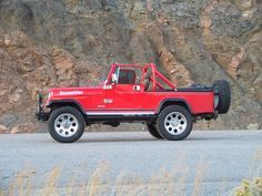 It's surprising! Check these Twelve inspiring ideas all relating to Cj Jeep, Jeep Cj7, Jeep Truck, Jeep Wrangler, 2 Door Jeep, 1999 Jeep Cherokee, Scrambler Moto, Military Jeep, Jeep Commander