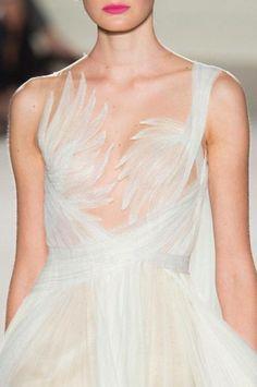 "runwayandbeauty: "" Detail at Marchesa Spring 2016 Ready to Wear, New York Fashion Week. Fashion Week, New York Fashion, Runway Fashion, Fashion Show, Fashion Outfits, Fashion Design, Dress Fashion, Womens Fashion, Fashion Spring"