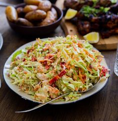 Karibisk coleslaw - ZEINAS KITCHEN Cole Slow, Jerk Chicken, Lchf, Chili, Mango, Ethnic Recipes, Kitchen, Food, Barn
