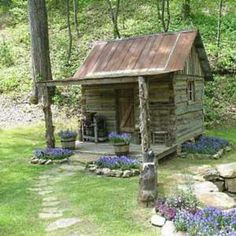 this says it all...little cabin...but reminds me of tiny farmhouse...check the flower beds and walkway...je