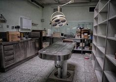 Hospital Letter Urging Patient to Start 'Fundraising Effort' to Pay for Heart Treatment Seen as Yet Another Reason America Needs Medicare for All - Riot Housewives Old Hospital, Abandoned Hospital, Hospital Room, Abandoned Asylums, Abandoned Places, Haunted Places, Abandoned Houses, Grant Proposal, Zombie Apocalypse