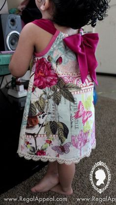 Diy Toddler Pillowcase Dress with Crochet Trim. Sewing/Children ----- I like the ribbon in the center of the back. & The Baby Dress 6-9 months Free Pattern and Tutorial | Free Sewing ... pillowsntoast.com