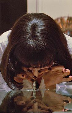 drugs and pulp fiction kép Mia Wallace, Pulp Fiction, Film Movie, Movies, Movie Shots, Uma Thurman, Quentin Tarantino, Short Film, Celebrity News