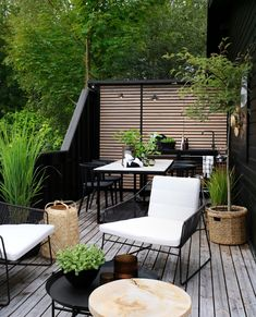 51 Magnificent Rooftop Terrace Ideas - Unique Balcony & Garden Decoration and Easy DIY Ideas Terrasse Design, Patio Design, Garden Design, Rooftop Terrace, Terrace Garden, Terrace Ideas, Outdoor Spaces, Outdoor Living, Outdoor Decor