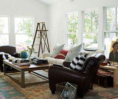 Combination of modern & rustic. Love ladder and hanging pendant idea for dark corner