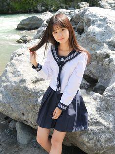 Cute Asian Girls, Cute Girls, School Looks, Girls Uniforms, Japan Girl, Kawaii Cute, School Uniform, Chinese Style, Fashion Show
