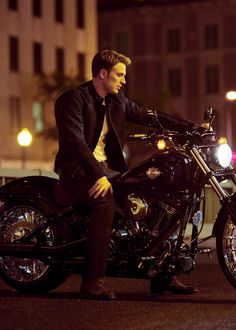Steve Rogers, Steven Grant Rogers, Nick Fury, Motorcycle Style, Motorcycle Outfit, Motorcycle Girls, Sebastian Stan, Chris Evans, Robert Evans