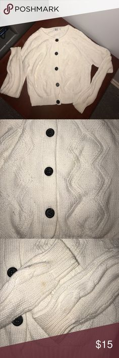 White Button Up Sweater with Black buttonsCardigan No flaws. So Adorable for the upcoming season. All buttons are intact.  Smoke Free Pet Free Brilliant Colours Sweaters Cardigans