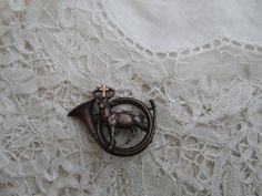 St hubert brooch 1910 pin needed by Nkempantiques on Etsy