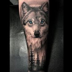 A compelling guide to wolf tattoos for men: meanings, symbols and wolf tattoo designs. Wolf Sleeve, Wolf Tattoo Sleeve, Arrow Tattoo, Leg Tattoo Men, Leg Tattoos, Body Art Tattoos, Sleeve Tattoos, Wolf Tattoo Forearm, Wolf Tattoo Back