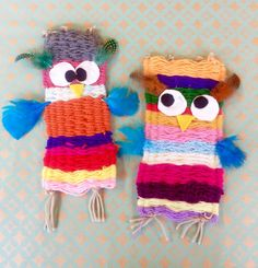 Turn your weaving into an owl Owl Crafts, Yarn Crafts, Diy And Crafts, Arts And Crafts, Paper Crafts, Projects For Kids, Diy For Kids, Crafts For Kids, Weaving For Kids