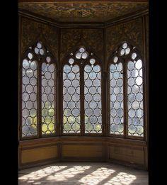 Windows, Wartburg Castle, Eisenach, Thuringia, Germany (UNESCO World Heritage) Gothic Architecture, Beautiful Architecture, Architecture Details, Castle Window, Castle Doors, Magic Places, Chateau Medieval, Photo D Art, Palaces