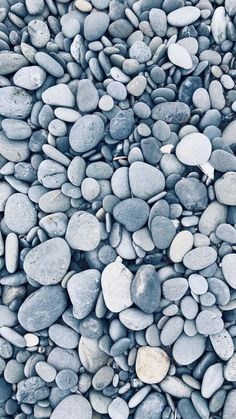 I find all these gray rocks very soothing. Whats Wallpaper, Black Phone Wallpaper, Stone Wallpaper, Ocean Wallpaper, Summer Wallpaper, Iphone Background Wallpaper, Aesthetic Iphone Wallpaper, Galaxy Wallpaper, Nature Wallpaper