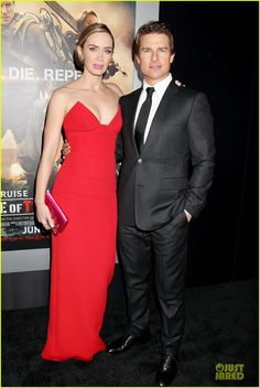 Tom Cruise & Emily Blunt Still Have Energy at Final 'Edge of Tomorrow' Premiere of the Day! | tom cruise emily blunt edge of tomorrow premiere final 06 - Photo