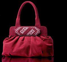 Soma ar latviešu etnisko simbolu. Bag with latvian etno symbol.