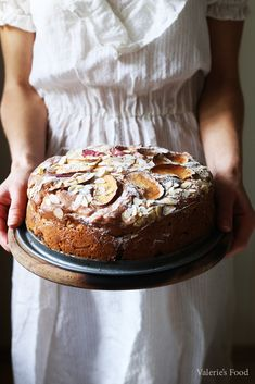 Romanian Desserts, Romanian Food, Yogurt Cake, Pastry And Bakery, Sweets Recipes, Good Food, Food And Drink, Bread, Homemade