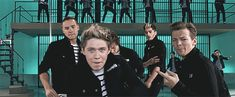 one-direction.gif 500×206 pixels