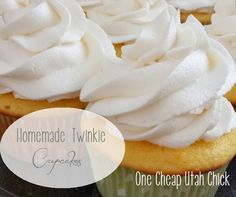 twinkie cupcakes 2 Throwback Thursday: My Twinkie Cupcakes {Recipe Included}