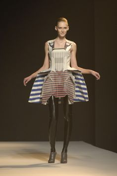 Hussein Chalayan Aw07 (Airborne)