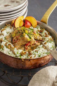 Broileria ja riisiä pannulla Paella, Ethnic Recipes, Food, Essen, Meals, Yemek, Eten