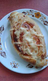 This no all / Disznóól - KonyhaMalacka disznóságai: Pizzás kifli Pancakes, Eggs, Breakfast, Food, Pizza, Bread Baking, Morning Coffee, Meal, Crepes